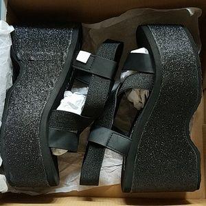 e372626aaa48 Rocket Dog Shoes - Bayer Stardust Platform Sandals